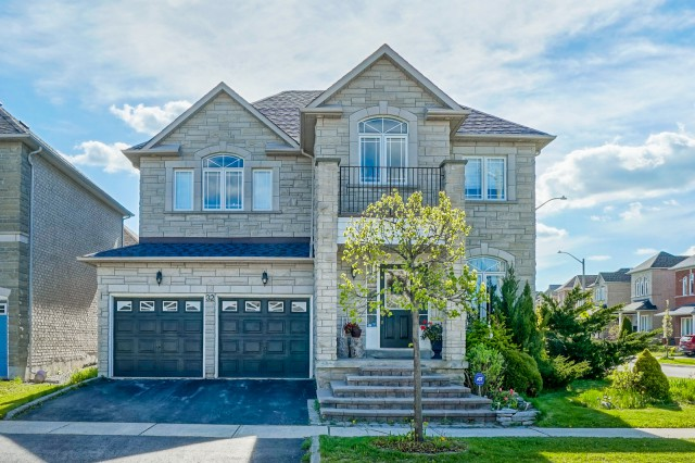 32 Amethyst Dr, Richmond Hill, Ontario